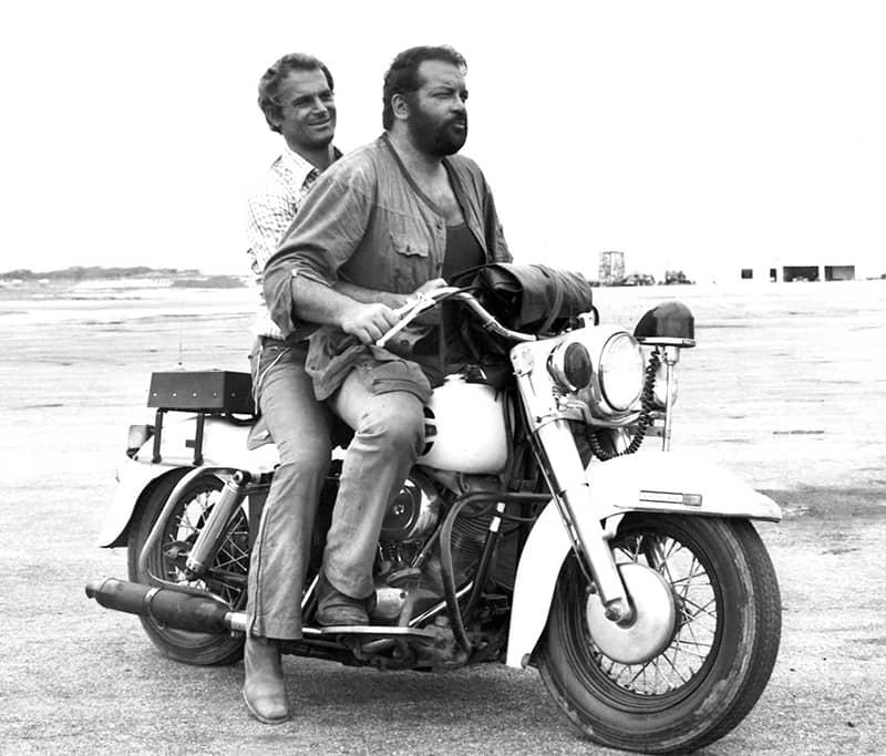 Bud Spencer und Terence Hill auf dem Motorrad
