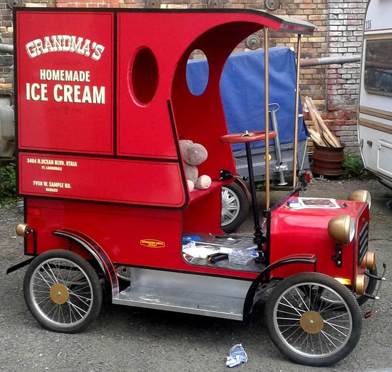 Fertiger Eiswagen aus Zwei sind nicht zu bremsen.