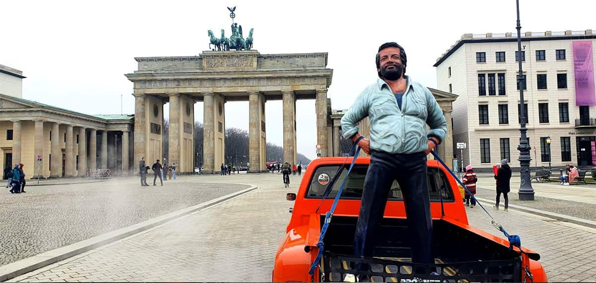 Bud Spencer vor dem Brandenburger Tor