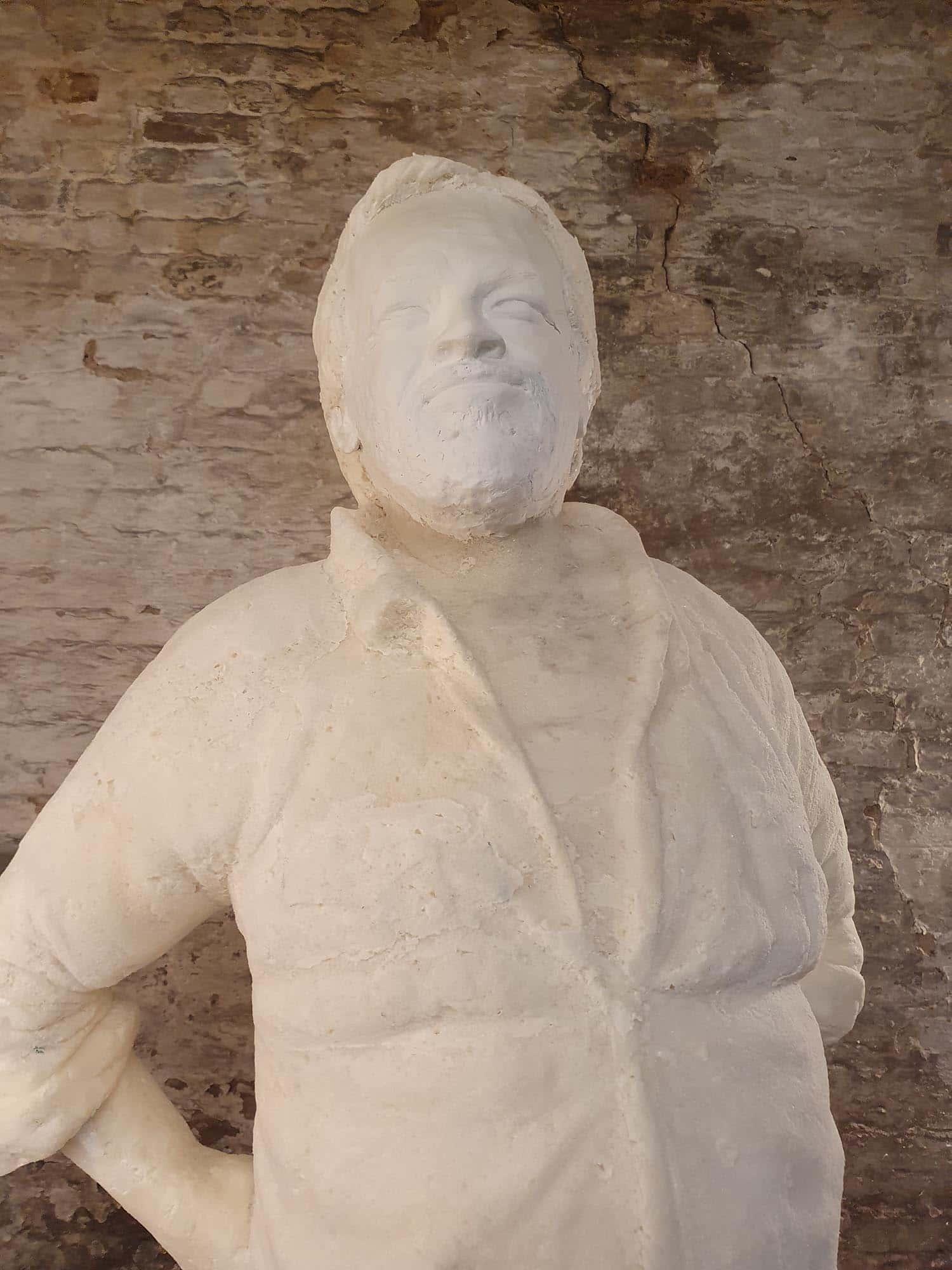 Aktueller Stand der Bud Spencer Statue per 19.07.2020