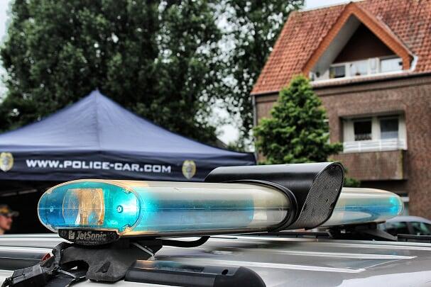 Polizei wagen auf dem Spencerhill Festival